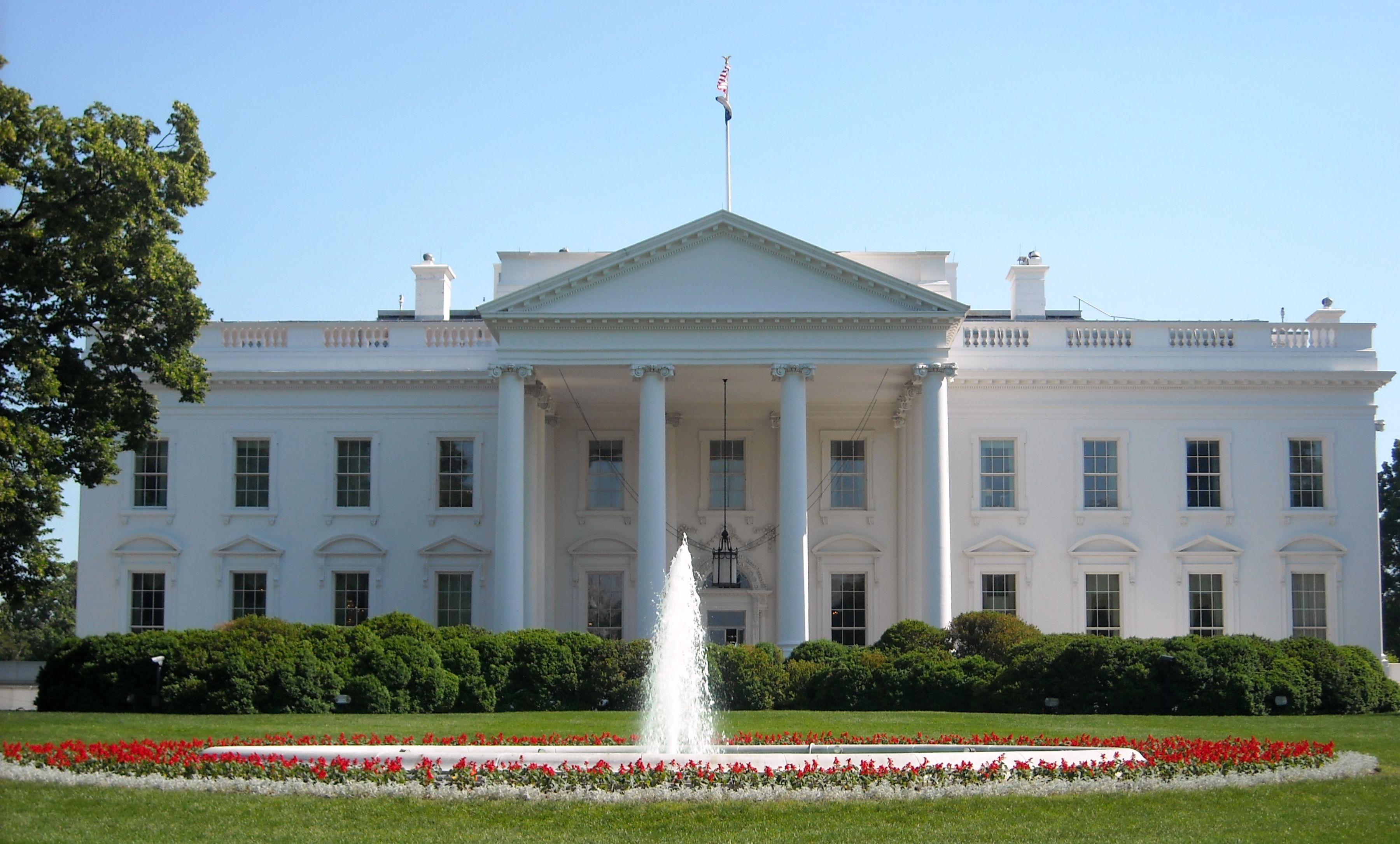 /media/white-house.jpg